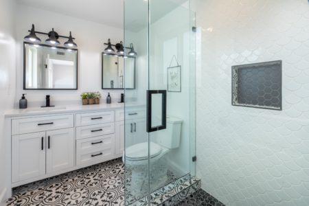 Baytown shower glass installation – Joey's Glass